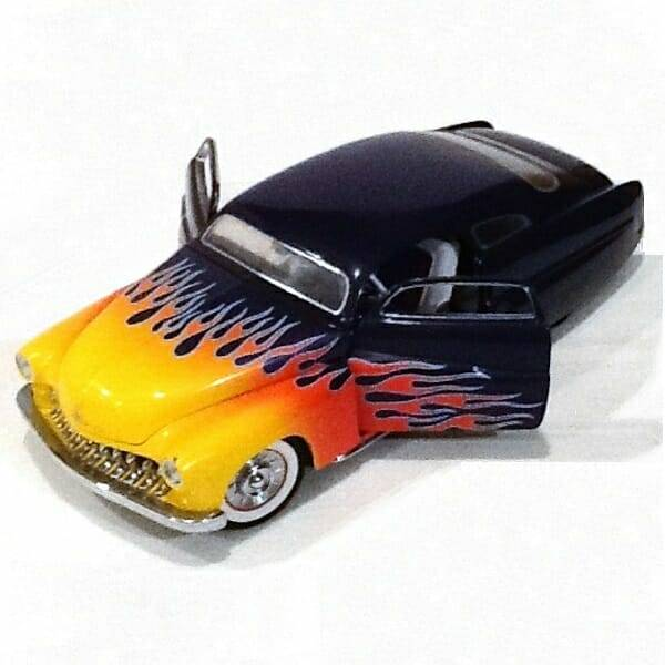 1949 Mercury Hot Rod Set 1:24 scale model side view