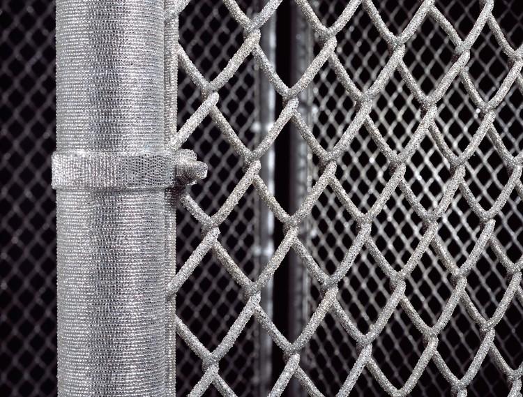 liza-lou-fence-detail
