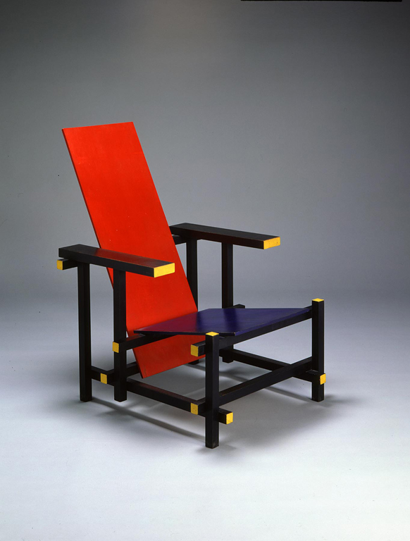 RedBlue Chair  Milwaukee Art Museum