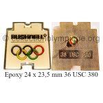 25 09 Club Top pin's Bushnell 24 x 23,5 mm époxy signé 36 USC 380