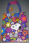 Snoopy & Woodstock on flower background Tote Bag