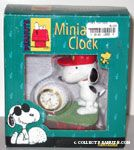 Snoopy Golfing Clock