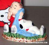 Snoopy & Linus sleeping Figurine