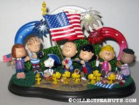 Peanuts Gang independence day scene Figurine