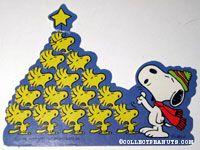 Snoopy & Woodstocks Caroling gift trim