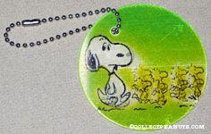 Snoopy walking with Woodstocks Flasher Keychain