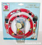 5 Piece Dinnerware set featuring Peanuts gang on red rim