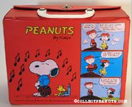 Woodstock playing national anthem for Snoopy & Snoopy looking in mailbox Red Lunch Box