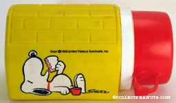 Snoopy eating sandwich Yellow Thermos