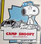 Snoopy with golf clubs