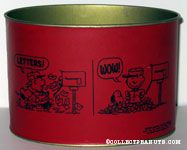 Charlie Brown & Snoopy opening mailbox Letter box - Red