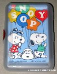 Snoopys holding balloons Playing Cards