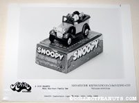 Snoopy Family Car Aviva Product Sheet