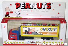 Snoopy & Charlie Brown reading Semi-Truck