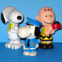 Click to view the Snoopy Squeaky Toys