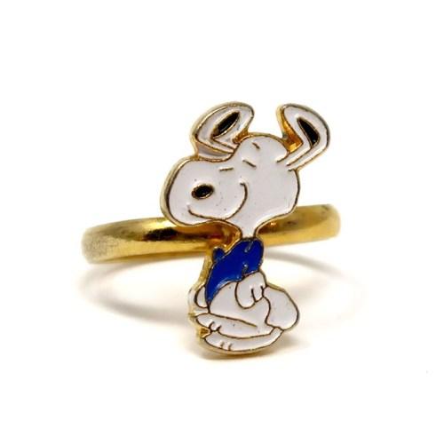 Snoopy Dancing Ring