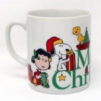 Peanuts Gang opening gifts Mug