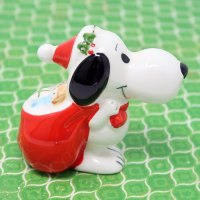 Snoopy carrying red sack Ornament