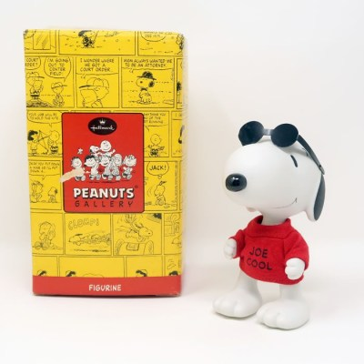Snoopy Joe Cool Jointed Figurine