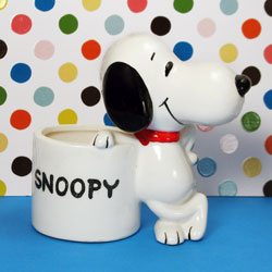 Click to view Snoopy Planters for Spring Flowers