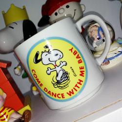 Click to View Peanuts Mugs