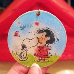 Peanuts Movees Keychains from Aviva - Peanuts Treasure Box