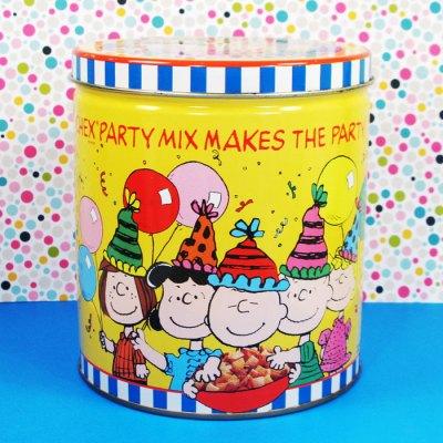 Peanuts Gang Chex Mix Party Tin