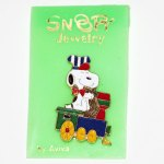 Snoopy driving Train Pin