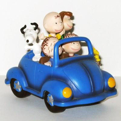 Peanuts Gang in Beetle Figurine