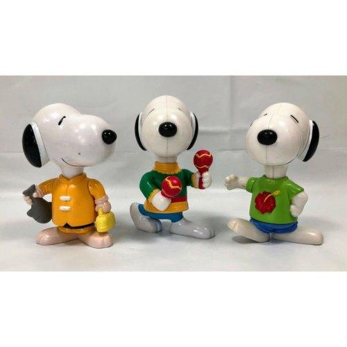 McDonald's World Tour Series Snoopy Toys