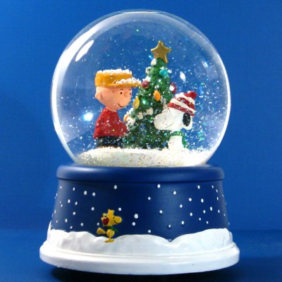 Snoopy and Charlie Brown Christmas Musical Snowglobe