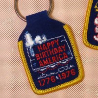 "Snoopy ""Happy Birthday America"" Keychain"