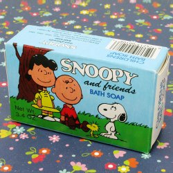 Click to view Snoopy Bath Products