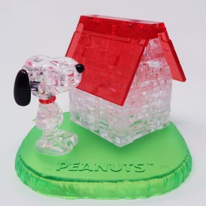 Snoopy and his Doghouse 3D Crystal Puzzle