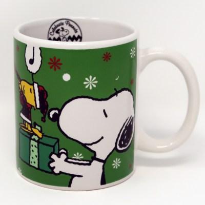 Snoopy & Woodstock Peace on Earth Christmas Mug