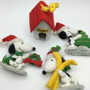 purchase cheap a8dd7 7efee Felt Snoopy Christmas Ornaments by Malina - CollectPeanuts.com