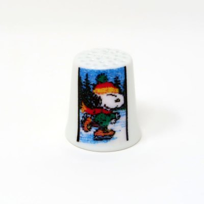Ice Skating Snoopy Thimble