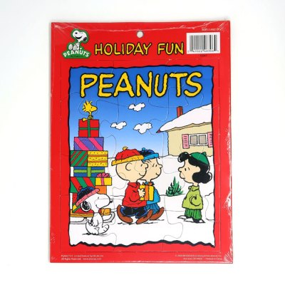 Peanuts Gang with Christmas Gifts Cardboard Tray Puzzle