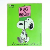 Snoopy carrying sign 'Hug a Beagle' Wooden Tray Puzzle