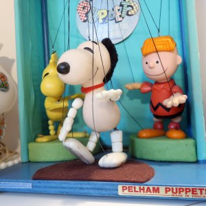 Snoopy Pelham Puppet Dance Party