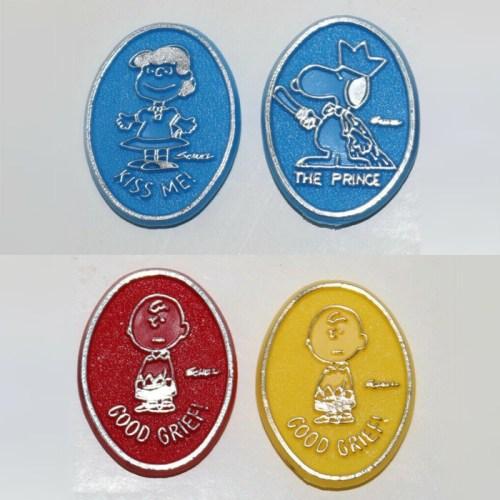 Peanuts Emblem Clips
