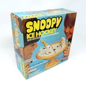 Snoopy Ice Hockey Snap-tite Model