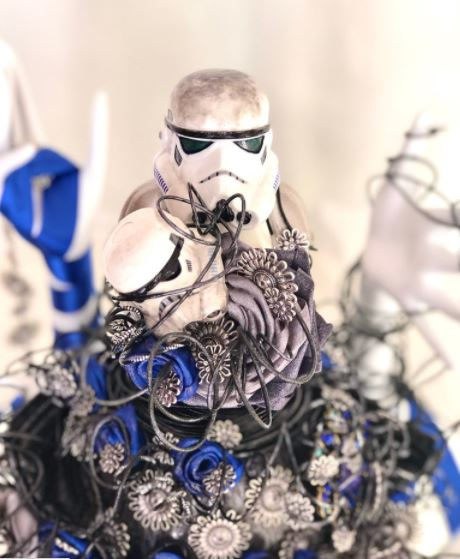 star wars bouquet and grooms boutineer