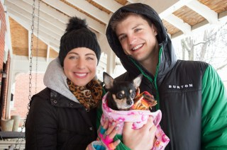 chihuahua family winter