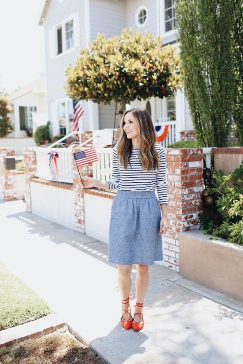 cute 4th of july outfit striped top chambray skirt red shoes