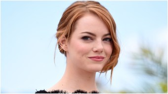 Hilarious High School Fan Asks Emma Stone to Prom 'La La Land'-Style