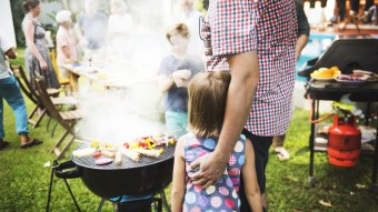 5 VERY Delicious Dishes To Make At Memorial Day BBQ