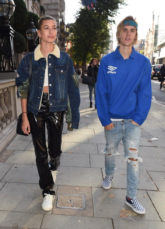 Justin Bieber and Hailey Baldwin walking in Central London together before shopping and kissing in Hyde Park.