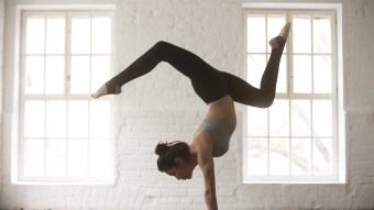 7 Beginner Yoga Poses To Practice For A Better Body