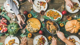 How To Host A Fantastic Friendsgiving